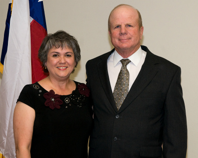Photo of Melinda and Glenn Weiblen